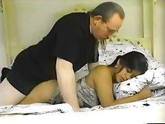 Bokep indo tante girang seksi ngentot anal