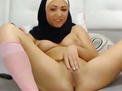 Download Video Bokep online jilbab
