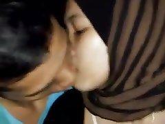 Download Video Mesum Jilbab Cantik Perawan